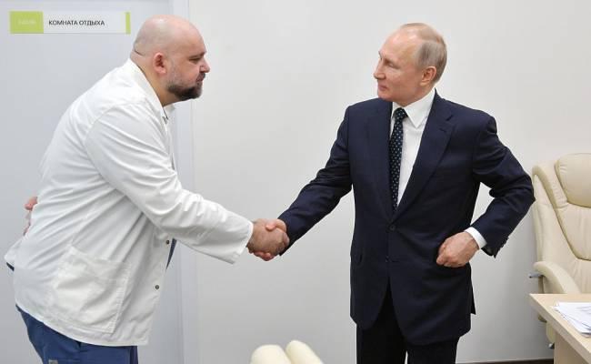Главврач Боткинской больницы назвал заразившегося коронавирусом Проценко раненным на войне