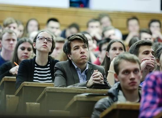 Российским вузам рекомендовали возобновить обучение с 6 апреля