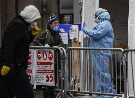 В США число жертв коронавируса приближается к 15 000