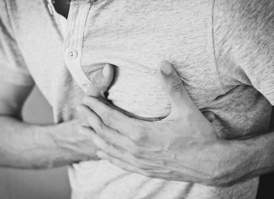 Кардиолог рассказала, чем коронавирус опасен для сердечников