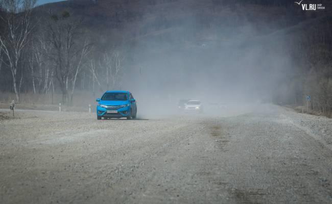 Дорожники ведут ремонт участков трассы Владивосток — Находка