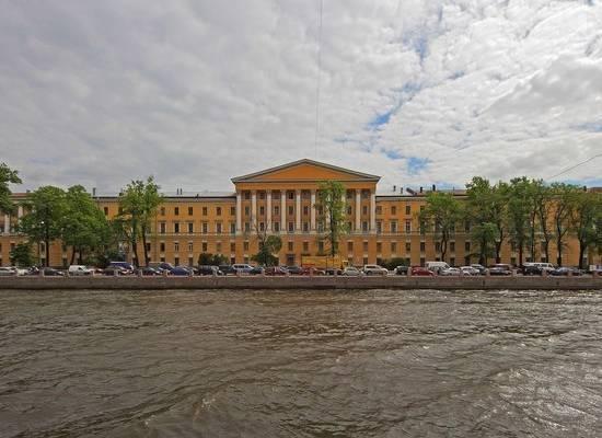 Увидеть «Чумной Петербург»: в городе на Неве набирает популярность странное развлечение