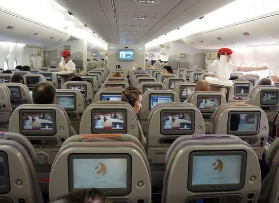 Летчик назвал лучшие места для выживания в падающем самолете