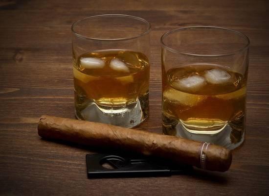 В Минздраве предложили запретить продажу алкоголя с 21 года