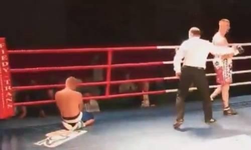 19-летнего боксера нокаутировали в «уличной драке» за 75 секунд. Видео