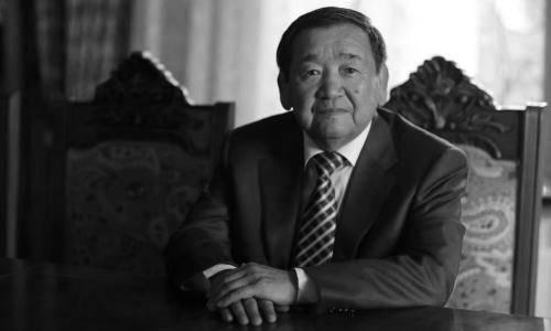 Скончался легендарный казахстанский борец Жаксылык Ушкемпиров