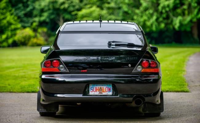 В США выставлен на продажу Mitsubishi Lancer Evolution IX в почти заводском состоянии