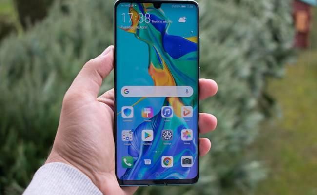 Новые санкции против Huawei вступили в силу. Что это значит?