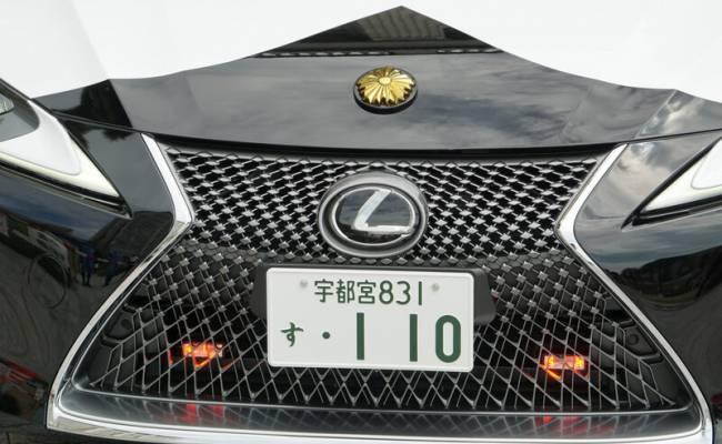 Toyota подарила японской полиции патрульный автомобиль на базе дорогого купе Lexus (ФОТО)