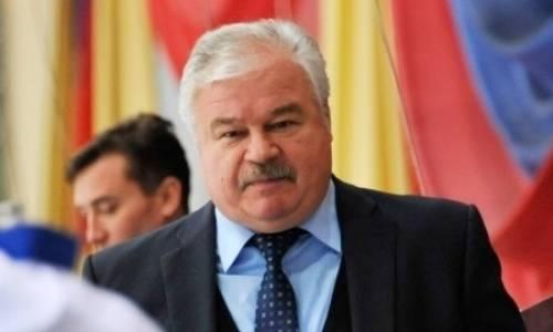 «КХЛ нужно будет как-то реагировать». Владимир Плющев высказался о карантине в «Барысе»