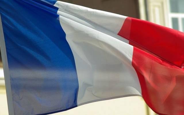 В посольстве заявили, что убийца учителя во Франции не имел отношения к РФ