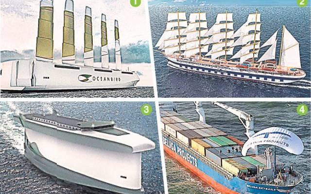 Три человека пропали после крушения судна в Баренцевом море