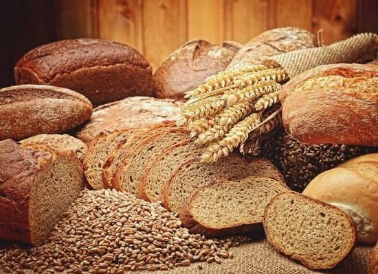 Врач рассказала, как правильно выбрать хлеб