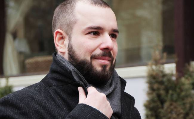 Российский борец за равноправие гастарбайтеров объявил конкурс невест-мигранток