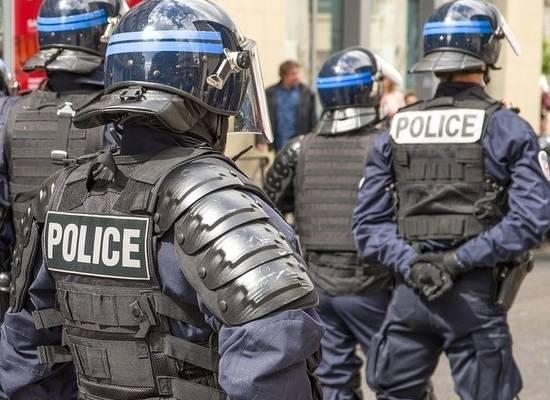 Убивший учителя во Франции успел отчитаться перед другим учеником