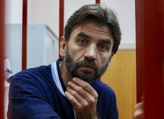 Экс-министра Абызова оставили под стражей до конца декабря