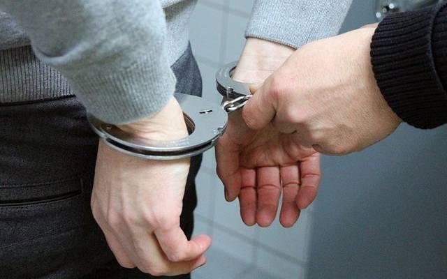 На Алтае мужчина пытался отрубить руки бывшей жене