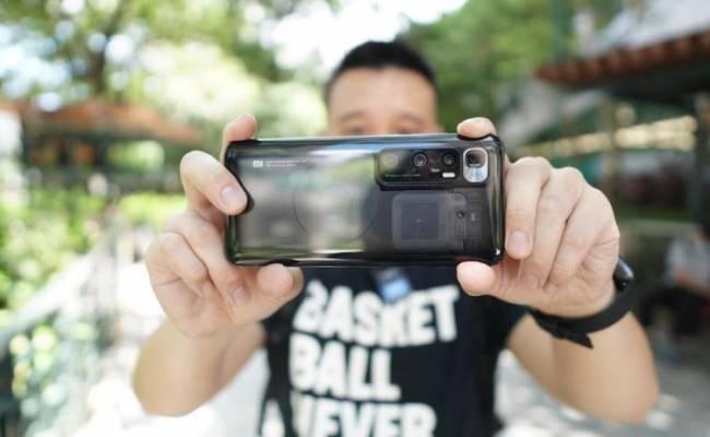 Почему Xiaomi не может выпускать дорогие смартфоны