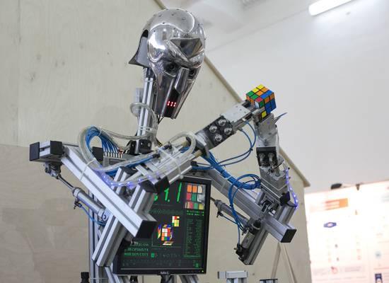 В России задумались о правах роботов
