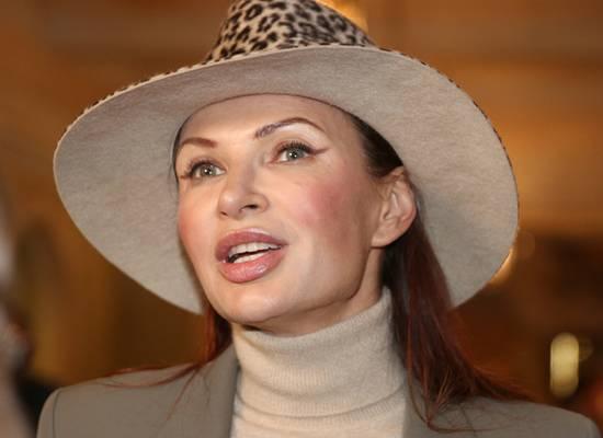 Эвелина Блёданс зло прокомментировала задержание сестры с наркотиками