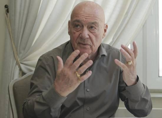 Москвич подал в суд на Познера за оскорбления