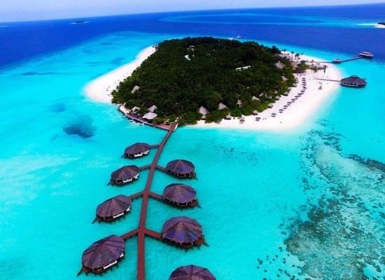 Коронавирус закрыл туризм: как бюджетно отдохнуть на Мальдивах