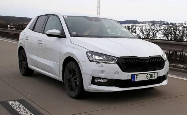 Новая Skoda Fabia проходит тестирование в Чехии уже в серийном кузове