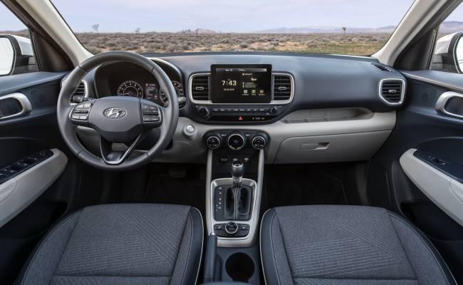 В Сеть утекли изображения субкомпактного кроссовера Hyundai Bayon