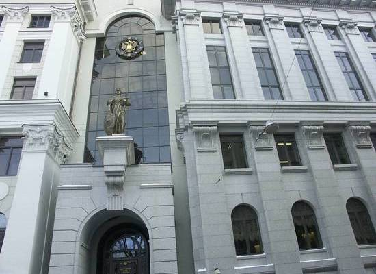 Верховный суд разрешил отбирать у должников более плохое жилье
