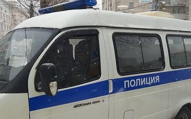 В Волгограде мужчина со стамеской ранил прохожую
