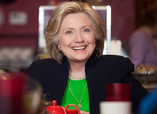 Хиллари Клинтон раскритиковала королевскую семью за отношение к Маркл