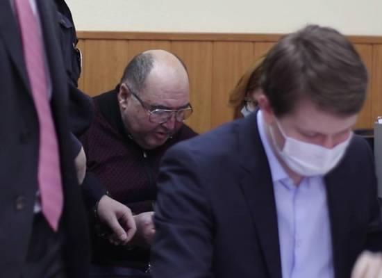 Камера СИЗО оказалась для Бориса Шпигеля слишком узкой