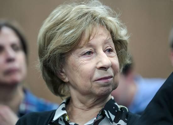 Лия Ахеджакова отказалась от судебных претензий к бывшему мужу