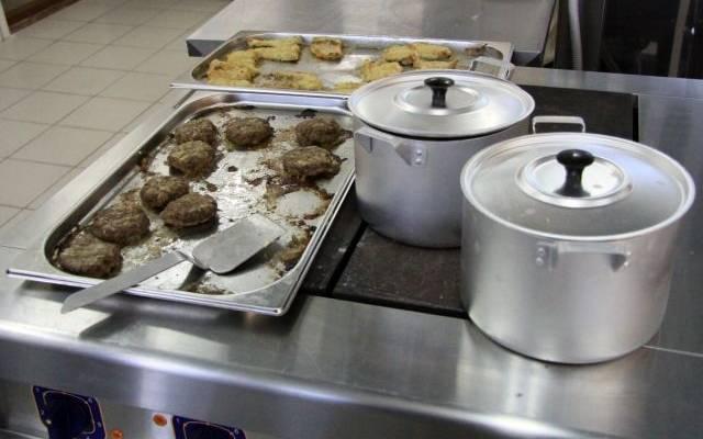 В Карелии 57 школьников обратились к медикам с отравлением