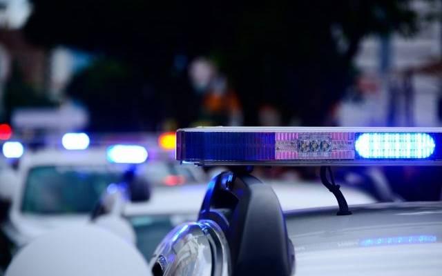 В Тверской области местный житель напал на полицейских с ножом