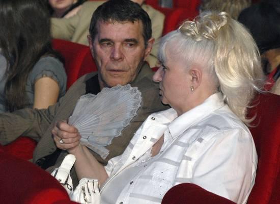 «Все надоело»: Булдаков собирался развестись с женой из-за двойника Баскова