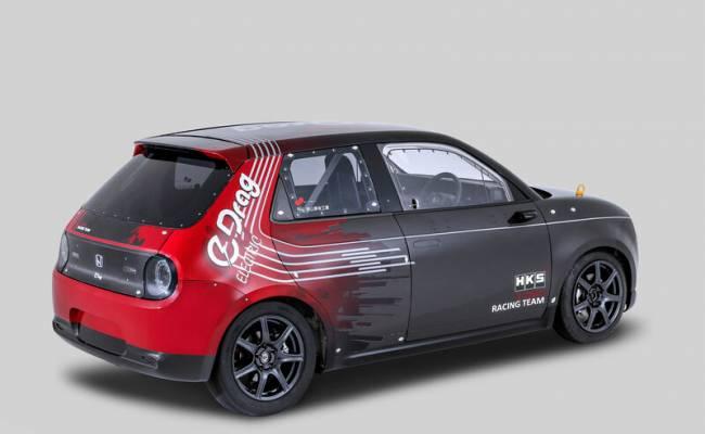 Электромобиль Honda e превратили в болид для драг-рейсинга