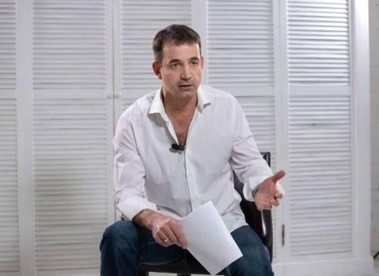 Дмитрий Певцов призвал отказаться от ЕГЭ