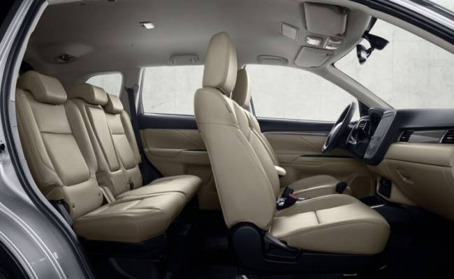 До конца мая «Россо-Траст» замораживает цены на Mitsubishi Outlander 2021 года выпуска