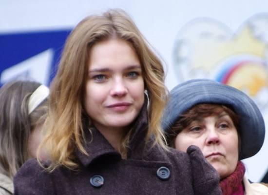 «Корячатся в нищете»: Водянова разгневала граждан «идеальной» Россией