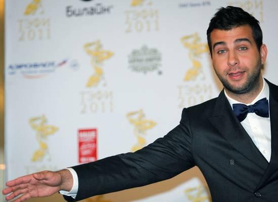 Ургант пошутил по поводу реакции Киркорова на появление отца в «Маске»