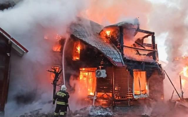 В Амурской области тушат крупный пожар
