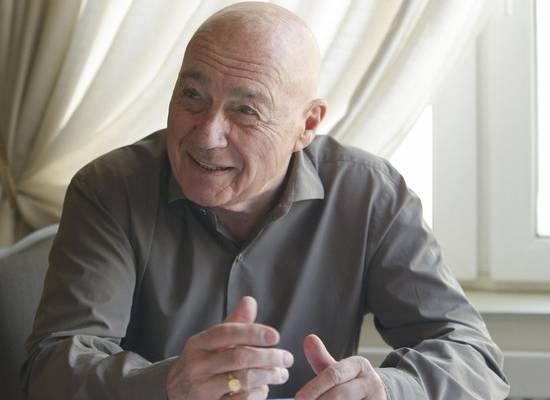 Познер рассказал о русской духовности и позитиве французов