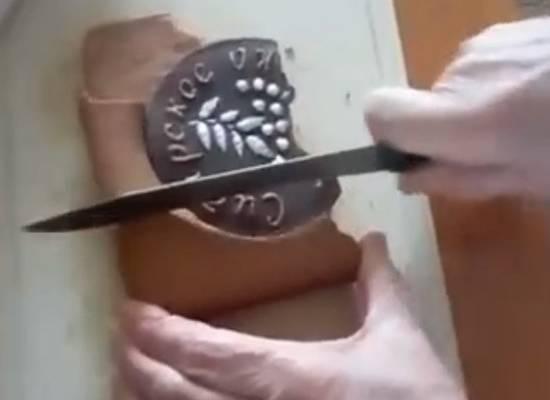 Российскому ветерану к 9 мая подарили засохший пряник