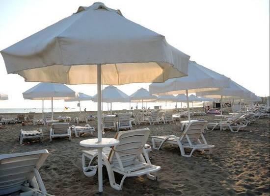 Турецкий курорт Анталья покинул красную зону по коронавирусу