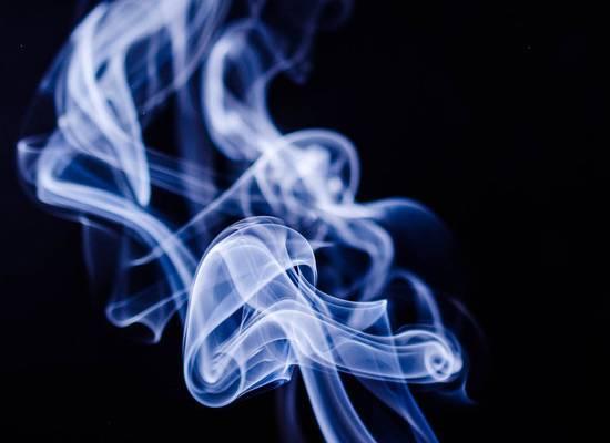 Эксперты отметили рост бросивших курить из-за COVID-19