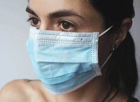В России за сутки выявлено 8 832 случая коронавируса