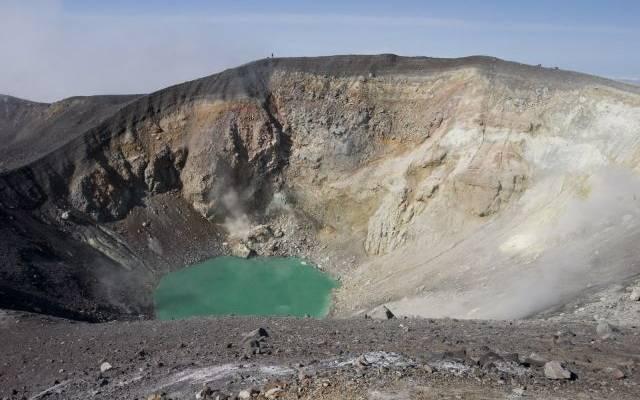 На вулкане Эбеко произошёл выброс пепла высотой четыре километра