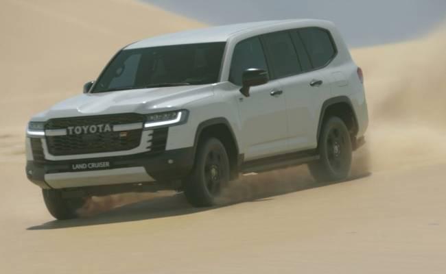 Toyota Land Cruiser 300 выйдет на «Дакар» в 2023 году
