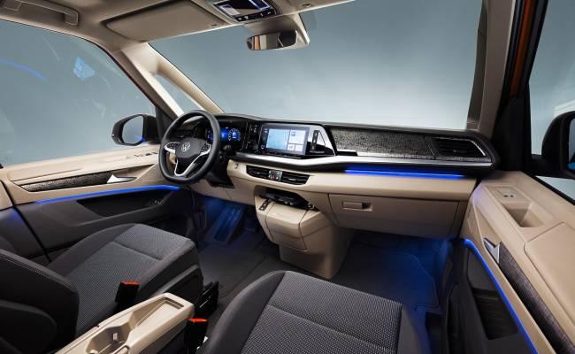 Volkswagen Multivan в новом поколении стал ближе к легковушкам